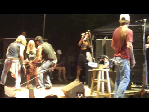 Jackyl - Lumberjack w Michael Ballard and 10yr old guitar player Andrew - Live