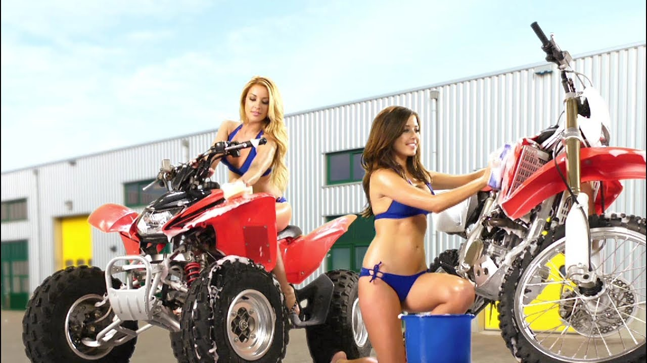 Dirty Girl Wallpaper Download Mx Vs Atv Alive Dirty Girls Dlc Trailer Official