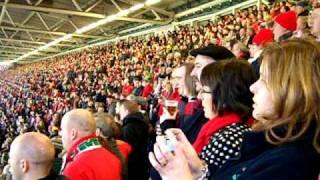 Inno del Galles al Millennium Stadium - Wales national anthem