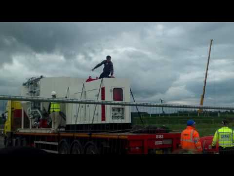 PNR Fracking - Police car hit by lorry - Violence - John Knox saves the day!