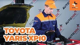 Как се сменят Датчик износване накладки на TOYOTA YARIS (SCP1_, NLP1_, NCP1_) - онлайн безплатно видео