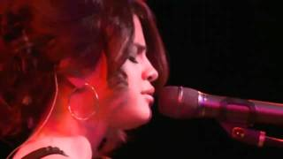 Selena Gomez & the Scene - Naturally - UNICEF Charity Concert (Live @ The Roxy)