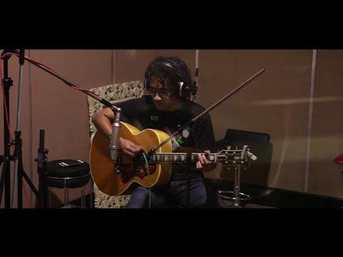 download D'MASIV Feat Pusakata - Ingin Lekas Memelukmu Lagi (Recording Session)