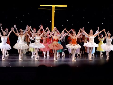 """""""How Great is Our God"""" and """"Finale"""", Light of Joy Ballet"""