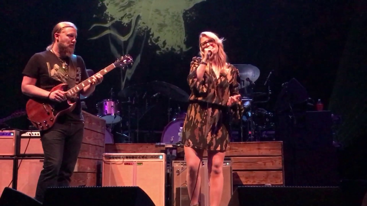 tedeschi trucks band with a little help from my friends youtube. Black Bedroom Furniture Sets. Home Design Ideas