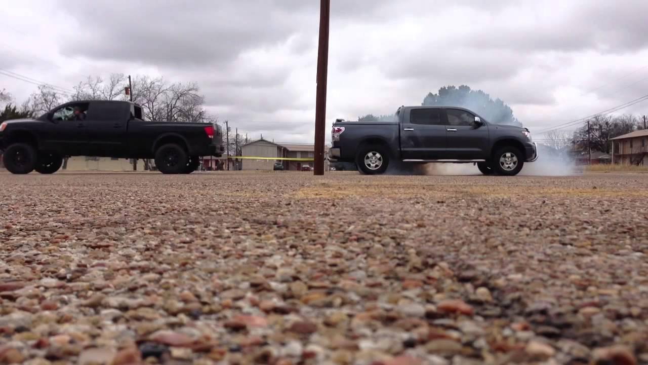 Tundra Vs F150 >> 08 Nissan Titan vs 08 Toyota Tundra tug o war - YouTube