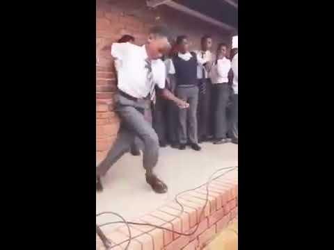 HEBOH !!! Tarian Afrika Menjadi Viral / Amazing Dance From Africa