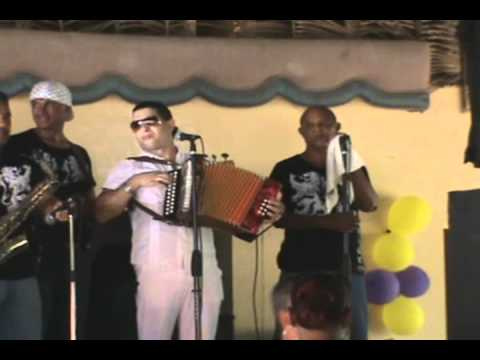 Francis Lantigua Y La Banda Swing Homenaje Atatico LOMEJORENTIPICO