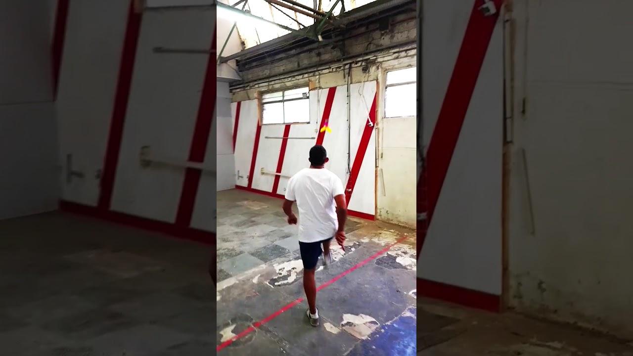 Plumy- L'entrepôt désaffecté