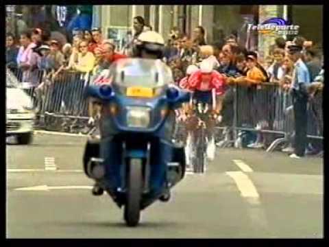 TOUR DE FRANCE 2002 CONTRA RELOJ POR EQUIPOS CHATEAU THIERRY parte 1