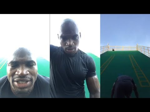 Adrian Peterson Shows He Can Still Run A 4.4 40 Yard Dash On Instagram Live | August 13th, 2018