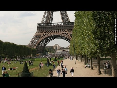 Paris Streets Go Car-Free For The Day - Newsy