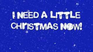 We Need A Little Christmas - Glee Cast (with lyrics)