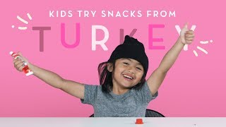Baixar Kids Try Snacks from Turkey | Kids Try | HiHo Kids