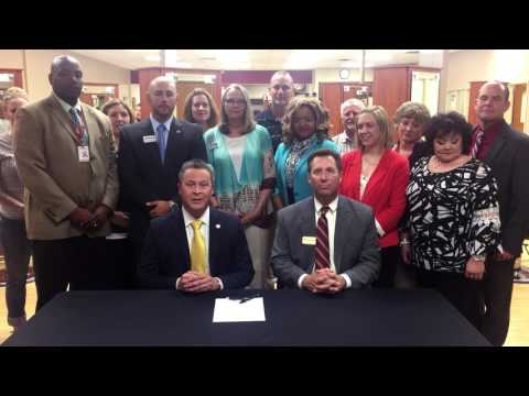 Tulsa Tech and Independence Community College Agreement Signing