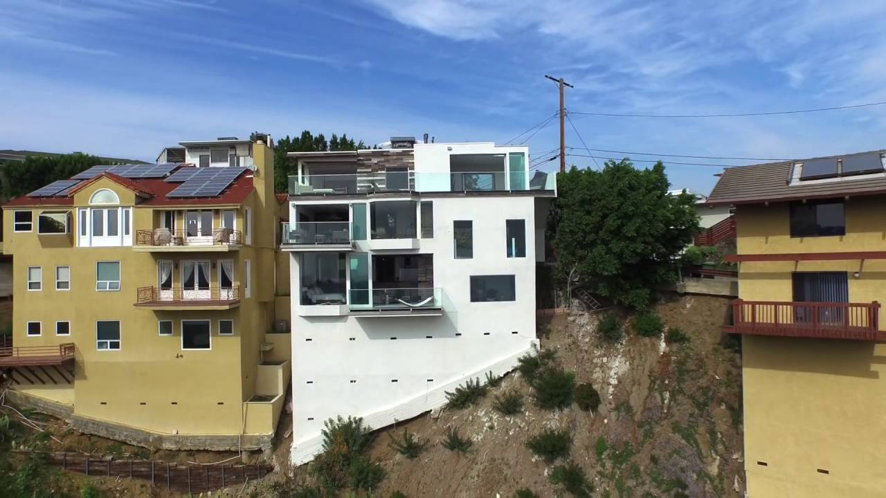 2118 Beech Knoll Rd Hollywood Hills Presented By Charles Irving 323 239 4273
