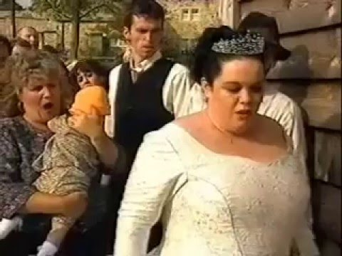 Emmerdale - Mandy Dingle punches Eric Pollard (1999)