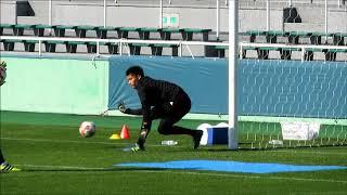 サッカー日本代表ゴールキーパーが実践する濡れたピッチを想定したトレーニング 中村航輔選手・東口順昭選手・権田修一選手