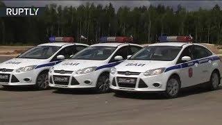 Мастер-класс по экстремальному вождению показали военные автоинспекторы