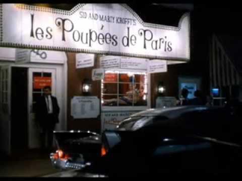 Phil Silvers in Les Poupees de Paris (1962)