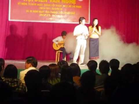 Lao students in Hue-cay dan sinh vien