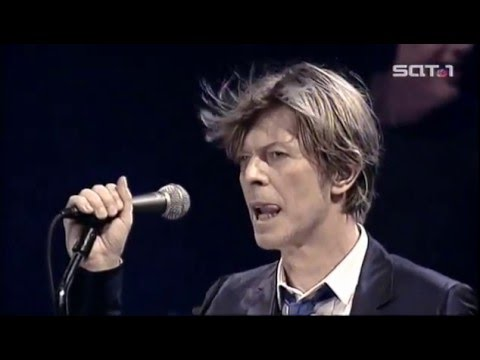 David Bowie – Heroes (Live Berlin 2002)