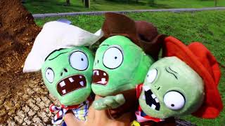 Plants vs. Zombies Plush: Peashooter and Paco's Adventure- Farmyard