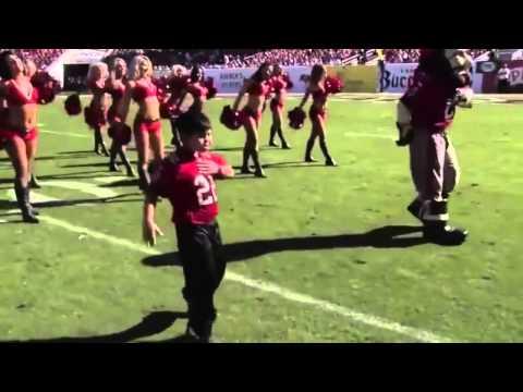 Kid dancing to