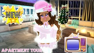 *NEW APARTMENTS ARE OUT IN ROYALE HIGH*  MY APARTMENT TOUR! IT CAUGHT FIRE!