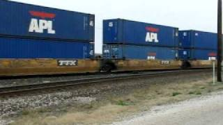 EB UPRR Stack Train Coming Out of a Siding @ Flatonia TX.AVI