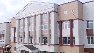 Большую современную школу построили в краснодарском микрорайоне Губернском