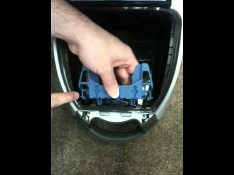 How To Change Miele Bag Retainer Youtube