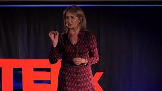 Priorytety na drodze do szczęścia | Małgorzata Gałązka-Sobotka | TEDxLazarskiUniversity