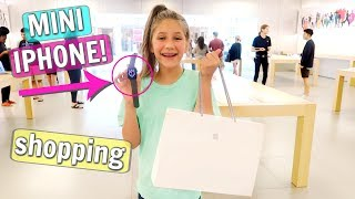 Shopping for a New Apple Watch Unboxing! Mini iPhone Shopping Vlog!(, 2018-07-25T19:00:04.000Z)
