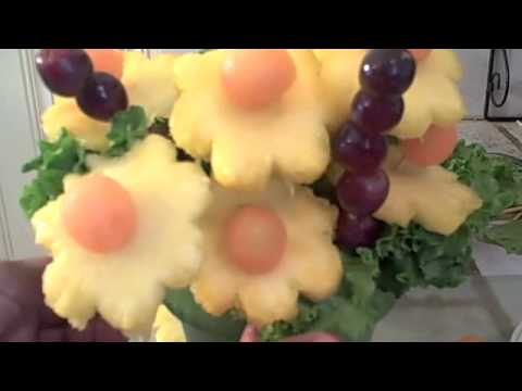 How to Make A Fruit Bouquet: Great Gift Idea