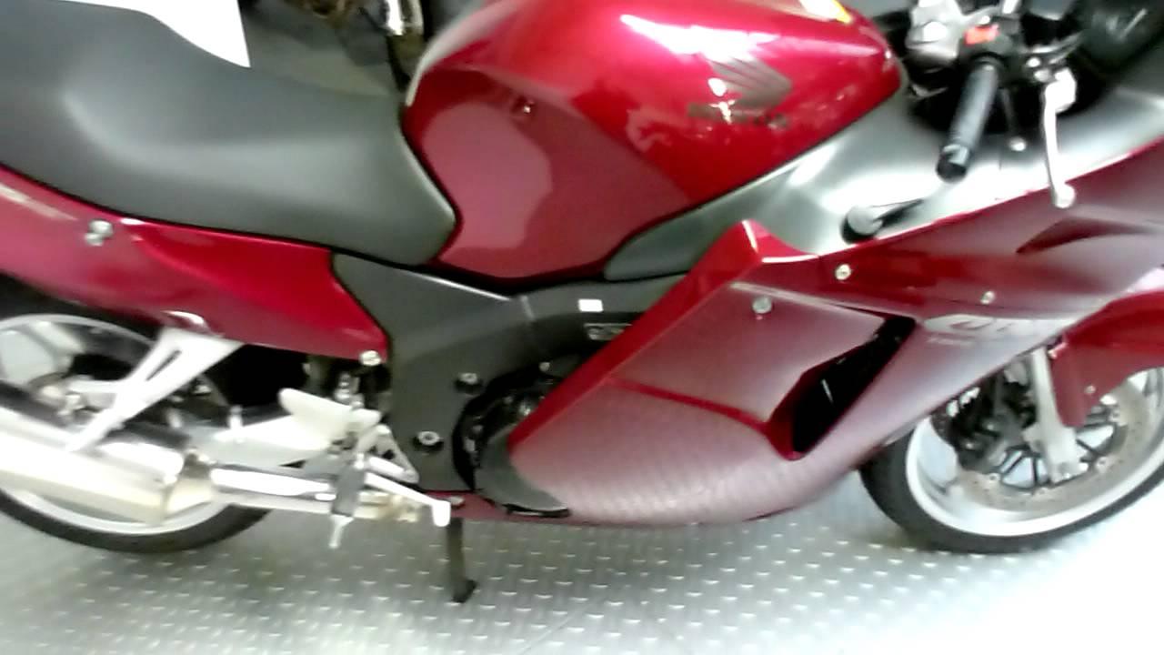 Honda CBR 1100 XX Super Blackbird 160 Hp 290 Km H 180 Mph 2007