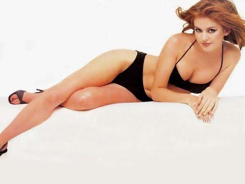 Isla Fisher Hot Bikini Moments