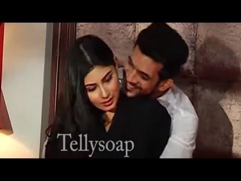 Nagin: Rithik And Shivanya Romance thumbnail