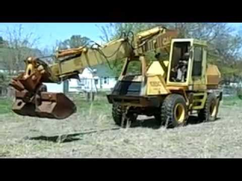 1989 Case 1085C Rubber Tire Excavator