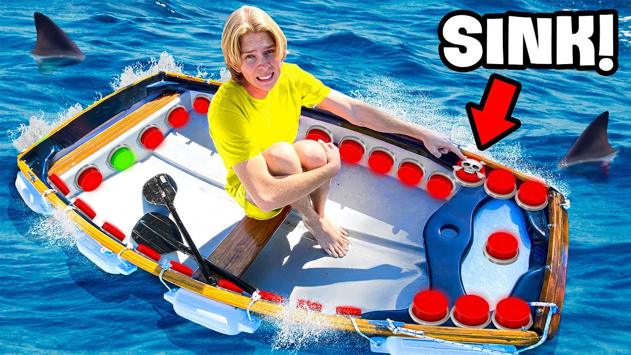 Download 100 Button Mystery BOAT!.. One Button SINKS You!