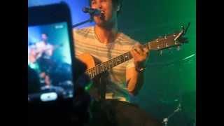 Darren Criss singing 'I Don't Mind' in Nashville on 6/6/2013