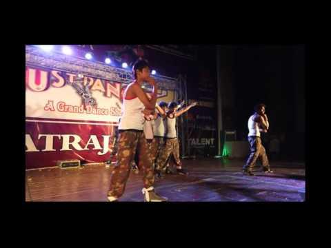 aaya dil ko churane remo & budda hoga tera baap mix  - Choreograph by- D K Singh