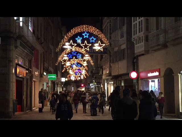 Inauguración del alumbrado navideño en Pontevedra