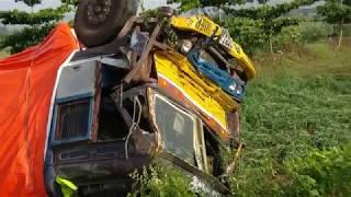 Truck crash compilation2018 // Accident Near pingadi village //deadly accident // lorry crash