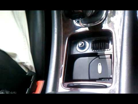 Mercedes benz cup holder wow youtube for Mercedes benz cup