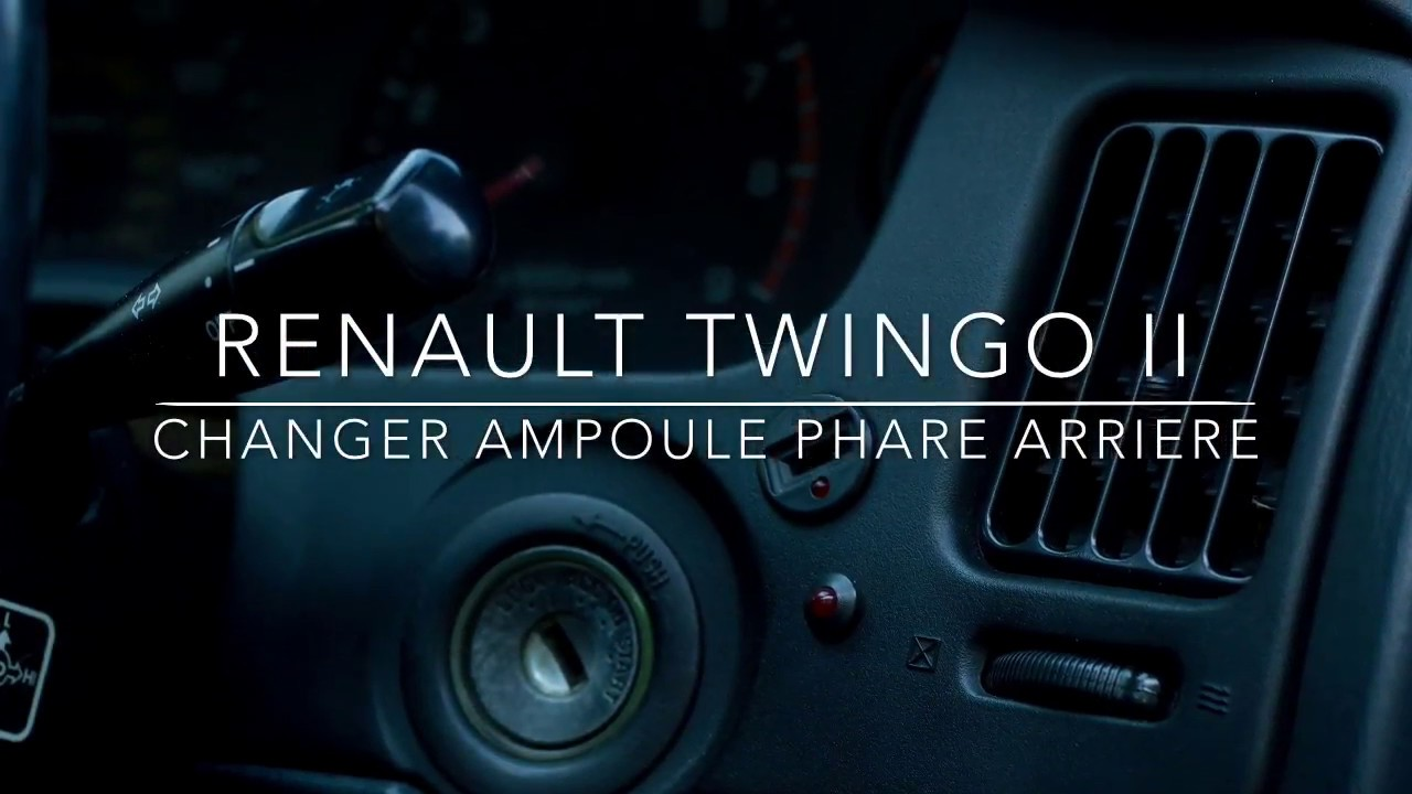 renault twingo ii changer ampoule de phare arriere youtube. Black Bedroom Furniture Sets. Home Design Ideas
