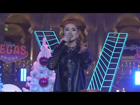 Artik & Asti feat Артем Качер(#Танцы!Елка!Муз-Тв,Вегас Кунцево,29.11.19)