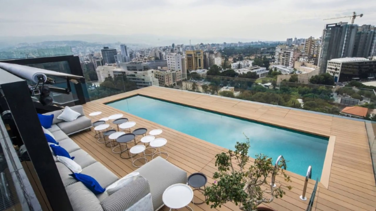 PENTHOUSES WITH SWIMMING POOL