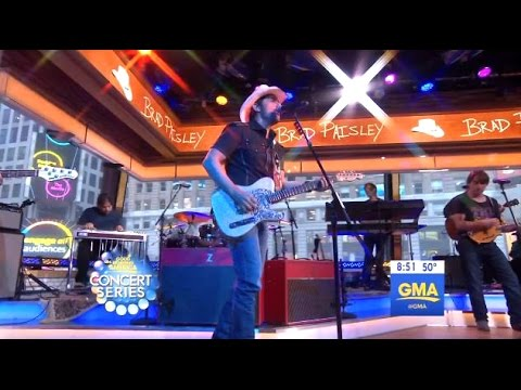 Brad Paisley Performs 'Today' - GMA