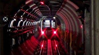 トンネルに響く唸り声、まるで吊り掛け駆動!ミニ地下鉄リニアモーター駆動音
